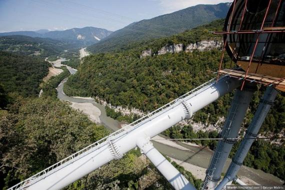 Адлер: Самый длинный пешеходный подвесной мост в мире