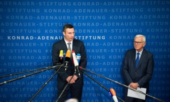 Политика: Кличко и немцы