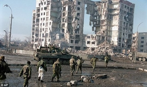 Жизнь: Начало первой чеченской войны