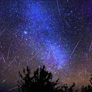 Интересное: Готовьте  список желаний -  завтра звездный дождь!