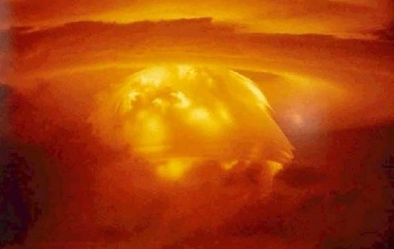 Война: Ядерные испытания