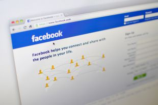Общество: Запреты от Фейсбука