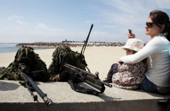 Картинки: Ох уж эта армия:-)