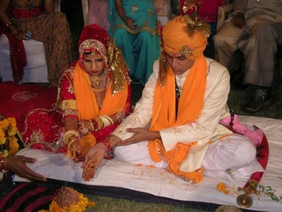 Семья: Странные браки