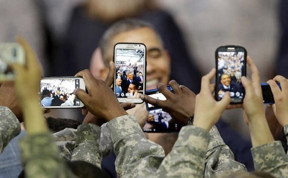 Общество: Наш друг смартфон