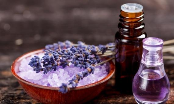 Домашнее хозяйство: Эфирные масла в быту
