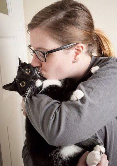Животные: Дети и кошки