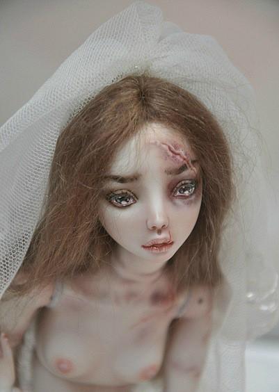 +18: Фарфоровые куклы