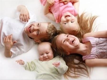 Семья: Пособие увеличат вдвое