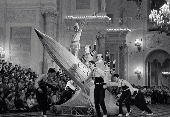 Общество: Новый год в СССР