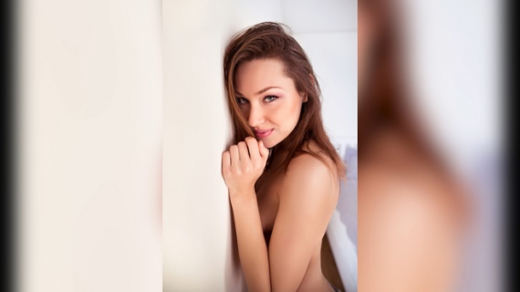 Безумный мир: 16-летний геймер из Москвы выиграл месяц жизни с порнозвездой