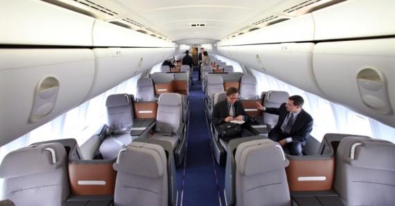 Общество: Чиновникам в России запретили летать бизнес-классом