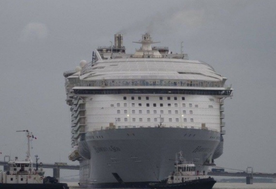 Интересное: Во Франции испытывают крупнейший круизный лайнер