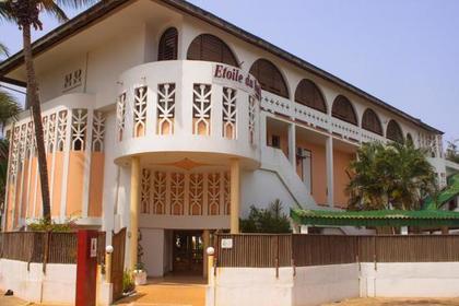 Криминал: Боевики открыли стрельбу по туристам на пляже Кот-д'Ивуара