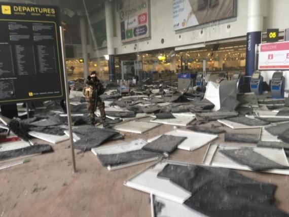 Проишествия: Теракт в аэропорту Брюсселя (обновлено)