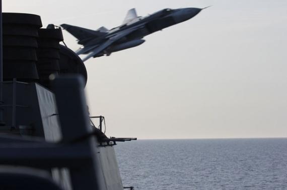 Проишествия: Су-24 vs Дональд Кук