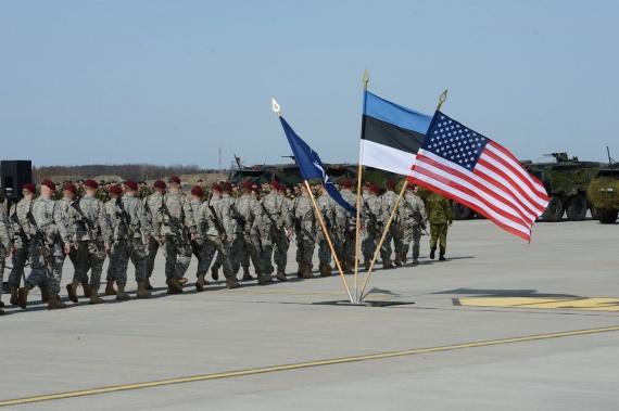 Политика: Премьер Эстонии призвал НАТО запугивать Россию