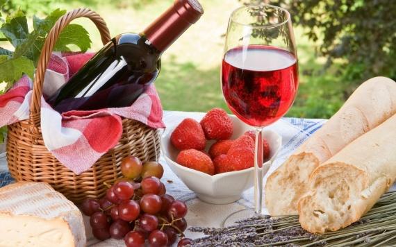 Полезные советы: Полезное красное вино