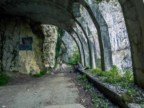 Путешествия: Дорога Красная поляна - Адлер. Скальный участок