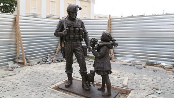 Блог djamix: Памятник «вежливым людям» откроют в Симферополе
