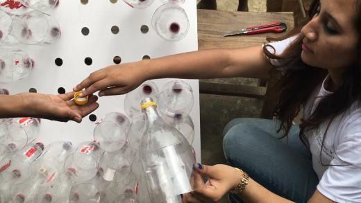 Полезные советы: Кондиционеры из пластиковых бутылок