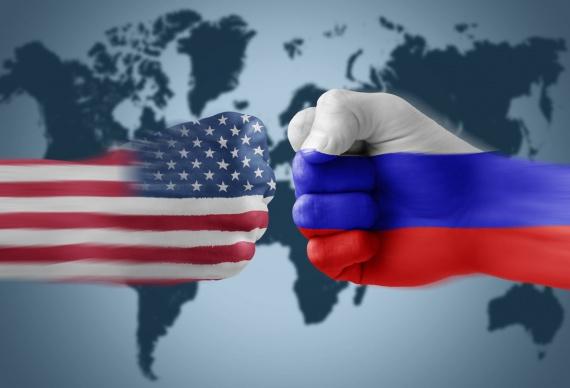 Политика: Саммит НАТО - театр абсурда