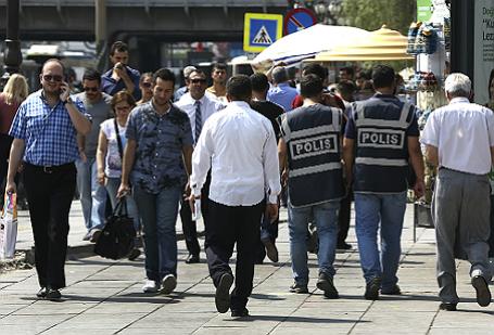 Политика: Эрдоган начал чистки наиболее образованной части Турции.  Страна идёт в ИГИЛ.
