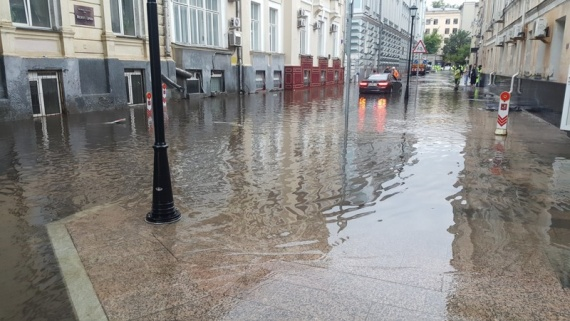 Картинки: Москва плывет, Москве дорогу!
