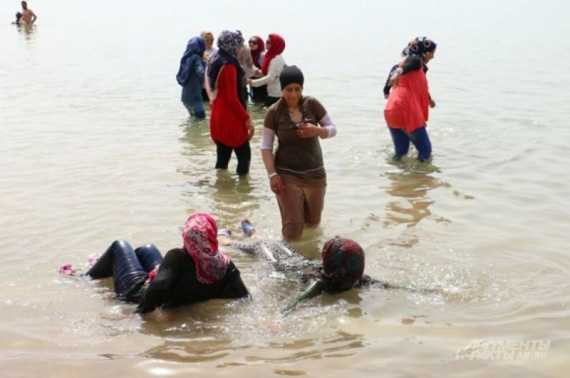 Проишествия: На корсиканском пляже поспорили о религии