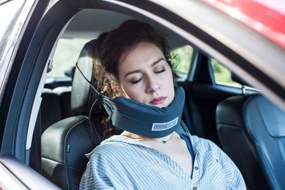 Полезные советы: Как спать в машине
