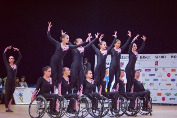 Общество: Петербургские детские танцевальные ансамбли вошли в пятерку лучших коллективов на Кубке мира