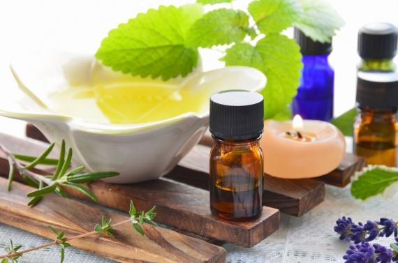 Полезные советы: Полезное масло чайного дерева