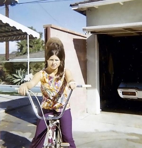 История: Женские прически 60-х