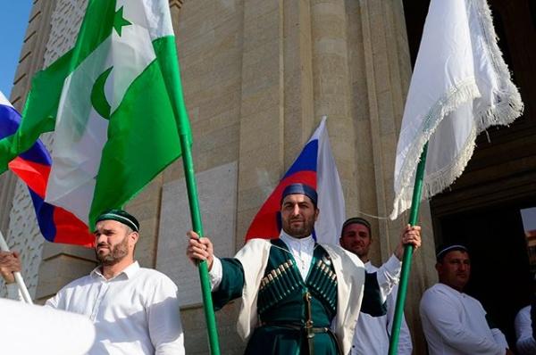 Политика: Во Франции раскрыли планы нападения России на Дагестан
