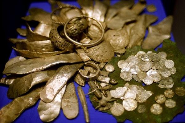 История: Пропавшие русские сокровища