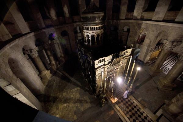 Интересное: Археологи вскрыли гроб Христа