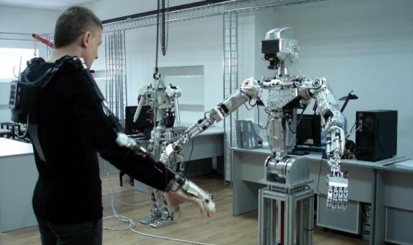 Технологии: Пилотировать космический корабль «Федерация» в 2021 году будет робот «Фёдор»