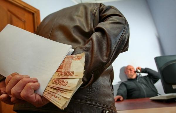 Общество: Свердловские депутаты предлагают легализовать взятки