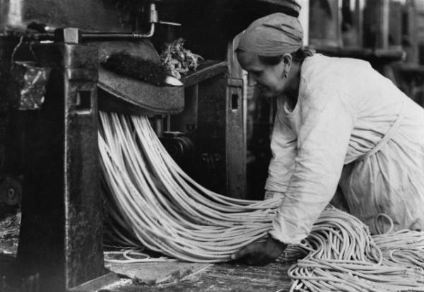 Интересное: Как раньше делали спагетти