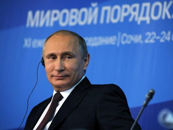 Политика: Киссинджер:  Путин просчитывает и отстаивает интересы России