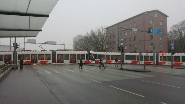 Блог Putevrot: Таллинские трамвайки на стрелку приехали.