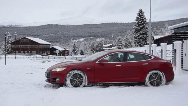 Интересное: Tesla скоро появится в России