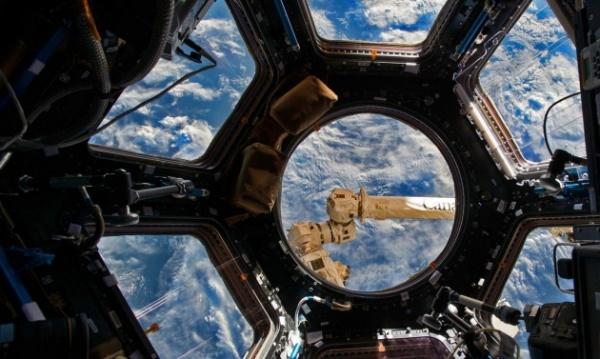 Технологии: ВКС отследили на орбите Земли 930 объектов за 2016 год