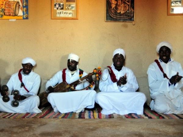Путешествия: Как аборигены называют иностранцев