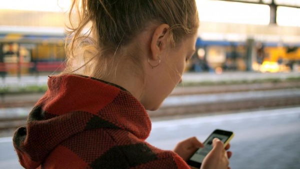 Технологии: «ВКонтакте» начала тестирование виртуального мобильного оператора