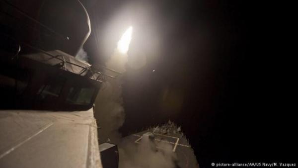 Война: США атаковали крылатыми ракетами аэродром правительственных сил в Сирии