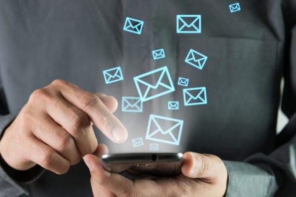 Новости: «Билайн» и Tele2 отказались от SMS в пакетных тарифах