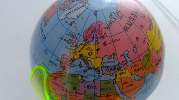 Страны: Поляки не нашли своей страны на немецком глобусе