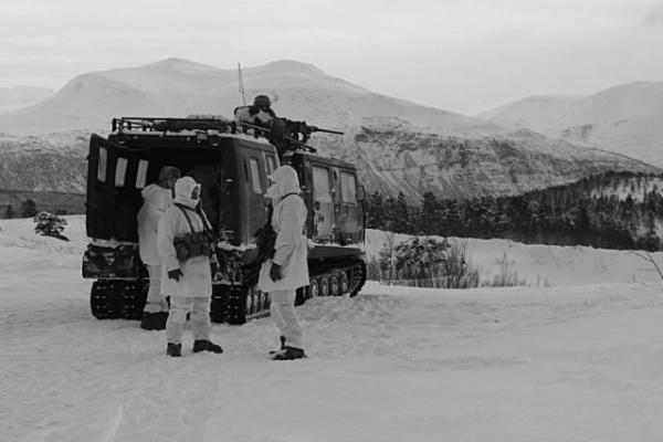 Интересное: Американский спецназ замерз у границ России
