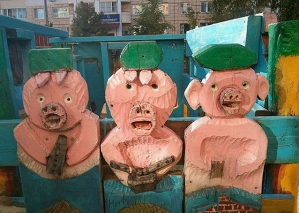 Безумный мир: Детские площадки. Треш и угар